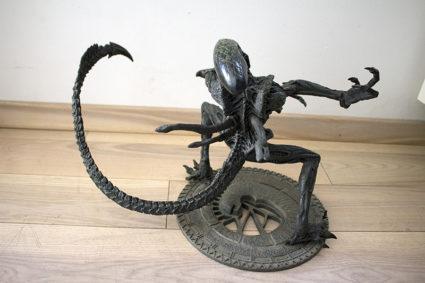 Grid Alien 12'' - Alien VS. Predator - McFarlane
