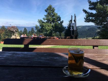 Zasłużona herbata w Bacówce na Obidzy